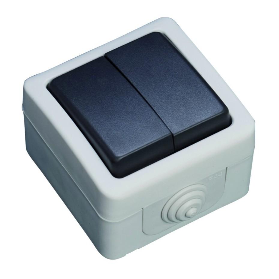 Doble Conmutador serie estanca IP44, uso exterior, 10A, 250V. 50Hz