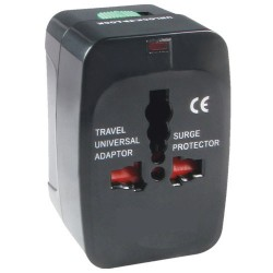 Adaptador de viaje universal con fusible integrado - En Blister.