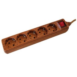 Base múltiple madera de 5 tomas (5T) con cable eléctrico 1,5 Metros serie madera.