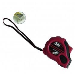 Cinta metrica recubierta de goma, 3 botones de parada, con iman en punta. 8 metros.