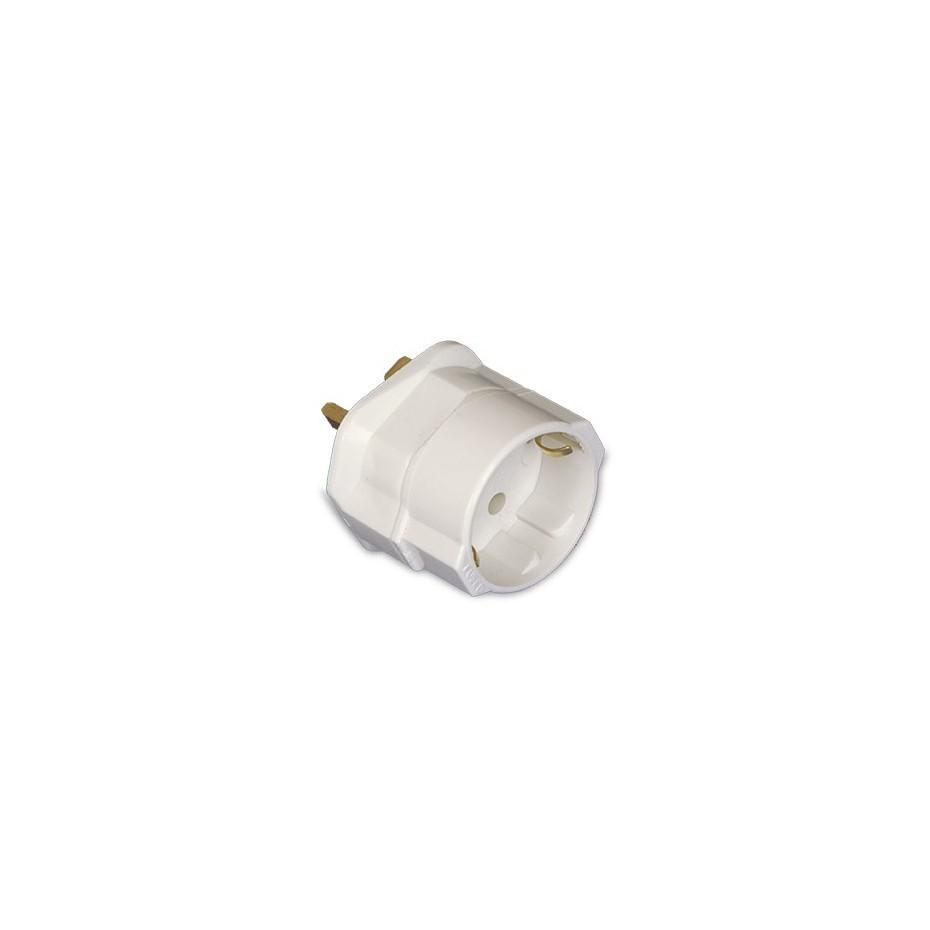 Adaptador Clavija Inglesa a Europea 4.8mm con fusible.Máx.2300W