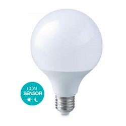 Bombilla LED globo 12W E27...